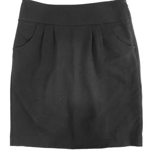 Ann Taylor black skirt with pockets size 4